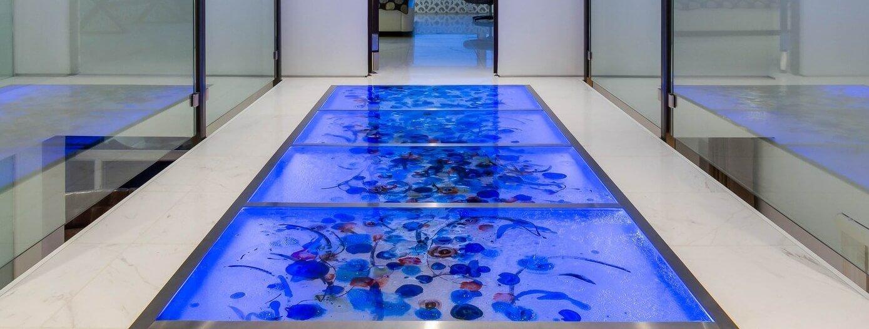 сухой аквариум в полу фото этот день, красный